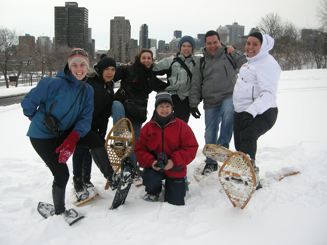 Snowshoeing and French-English Conversation >> Thursdays at 6 p.m.